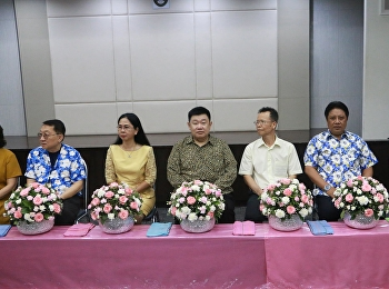 On April 9, 2019, Asst. Prof. Dr. Bundit Phangniran, Dean of the College of Innovation and Management, along with the administrators, faculty, staff and students, attended the water blessing ceremony for executives on Songkran Day, 2019 at Cho Kaew Meetin
