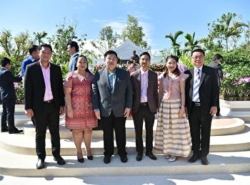 วันที่ 3 ธันวาคม 2563 รองศาสตราจารย์ ดร.บัณฑิต ผังนิรันดร์ คณบดีนวัตกรรมและการจัดการ พร้อมด้วยคณะผู้บริหารวิทยาลัยฯ เข้าร่วมพิธีบวงสรวงอัญเชิญพระรูปหล่อสมเด็จพระนางเจ้าสุนันทากุมารีรัตน์พระบรมราชเทวี ประดิษฐาน ณ ลานหน้าพระราชานุสาวรีย์สมเด็จพระนางเจ้าสุนั